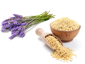 Lavender and millet donate a pleasantly fragrant heat.