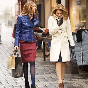 Frauen beim Einkaufsbummel | Ofa Bamberg