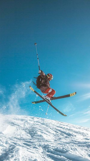 Skiing often affects the anterior cruciate ligament.